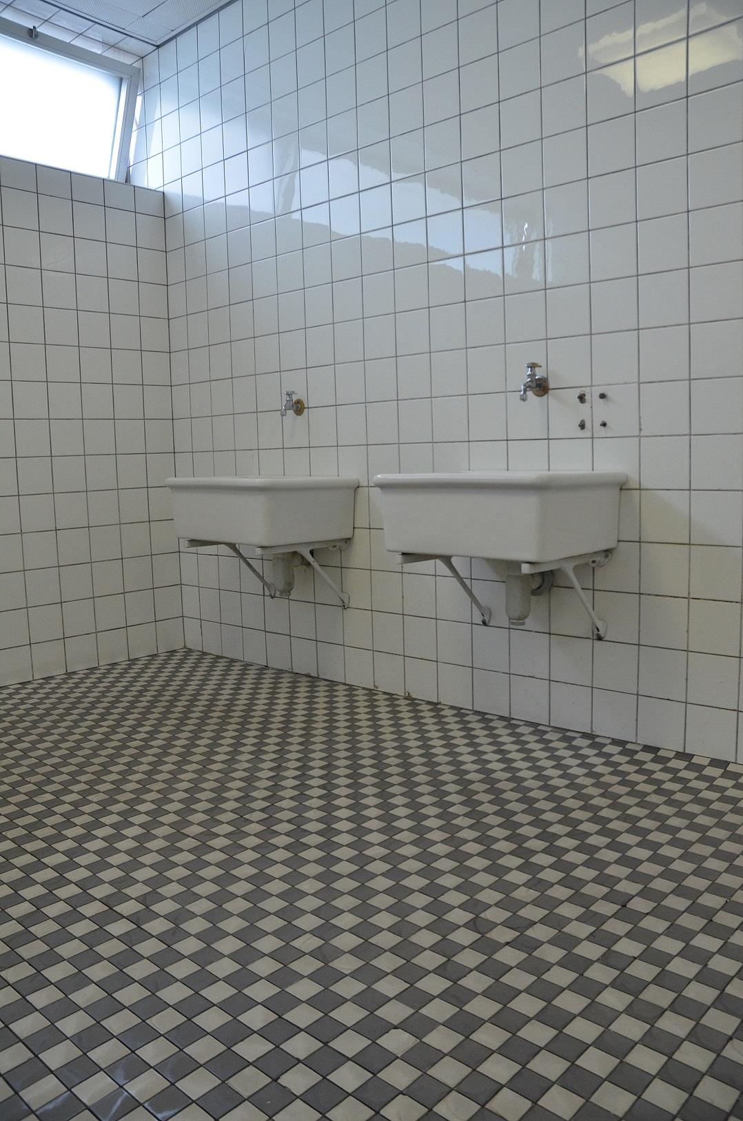 hallenbad in (3)