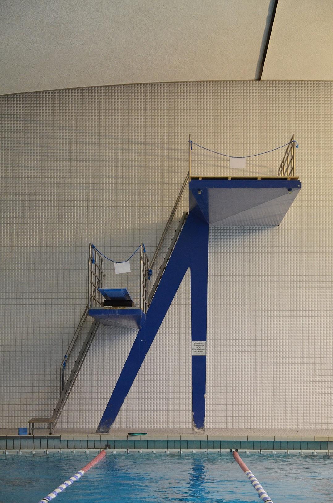 hallenbad in (30)
