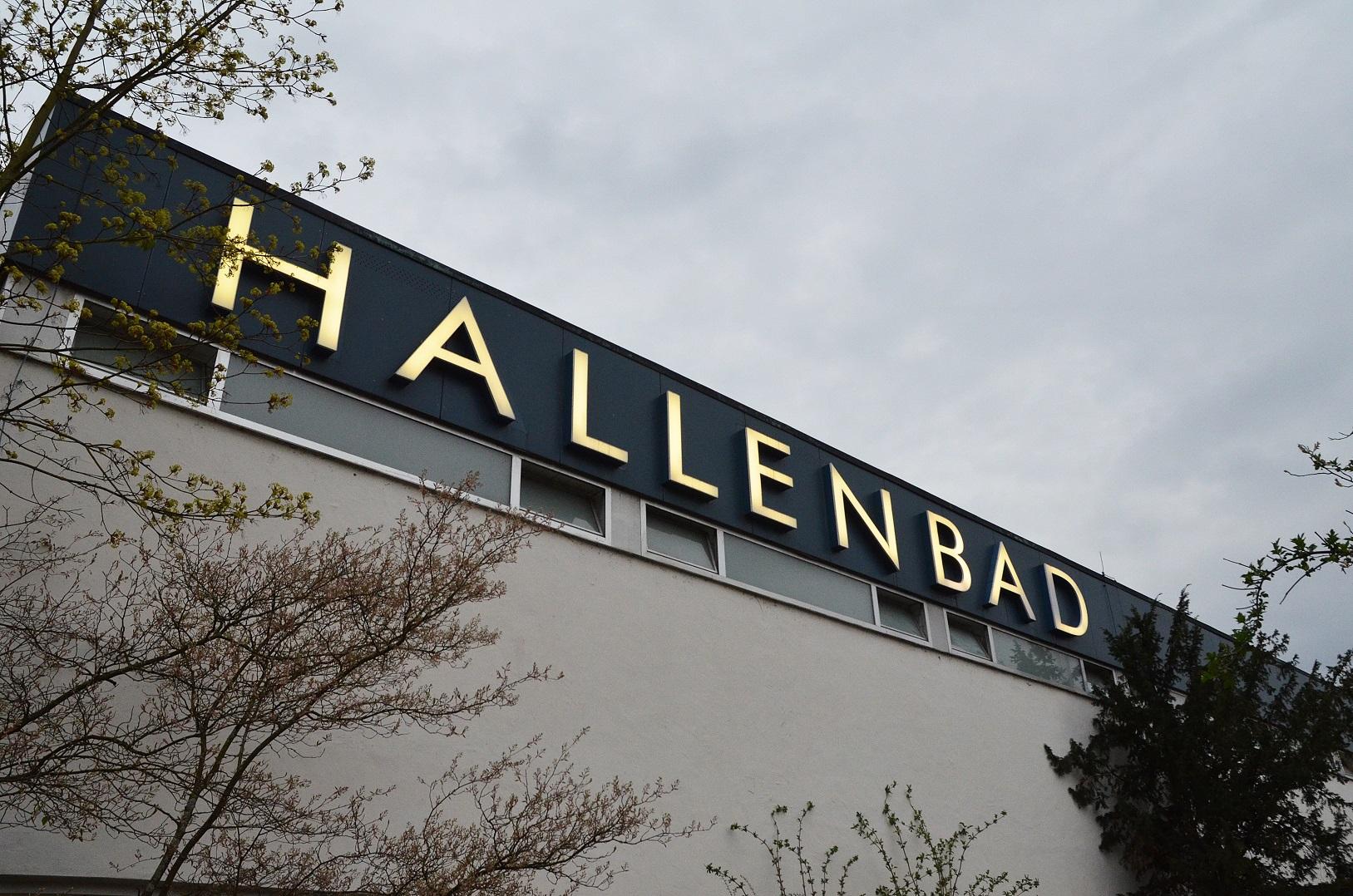 hallenbad in (31)