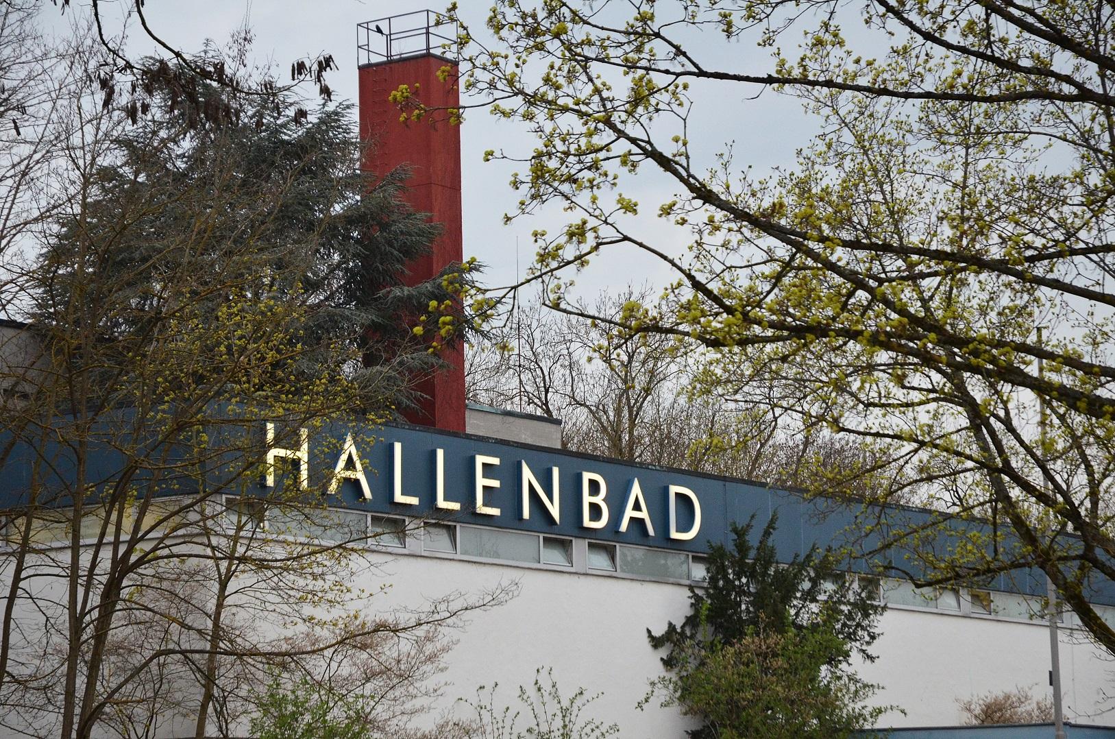 hallenbad in (33)